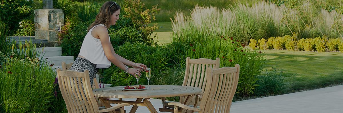 Clifton Nurseries alexander rose 6 seater bengal folding dining set