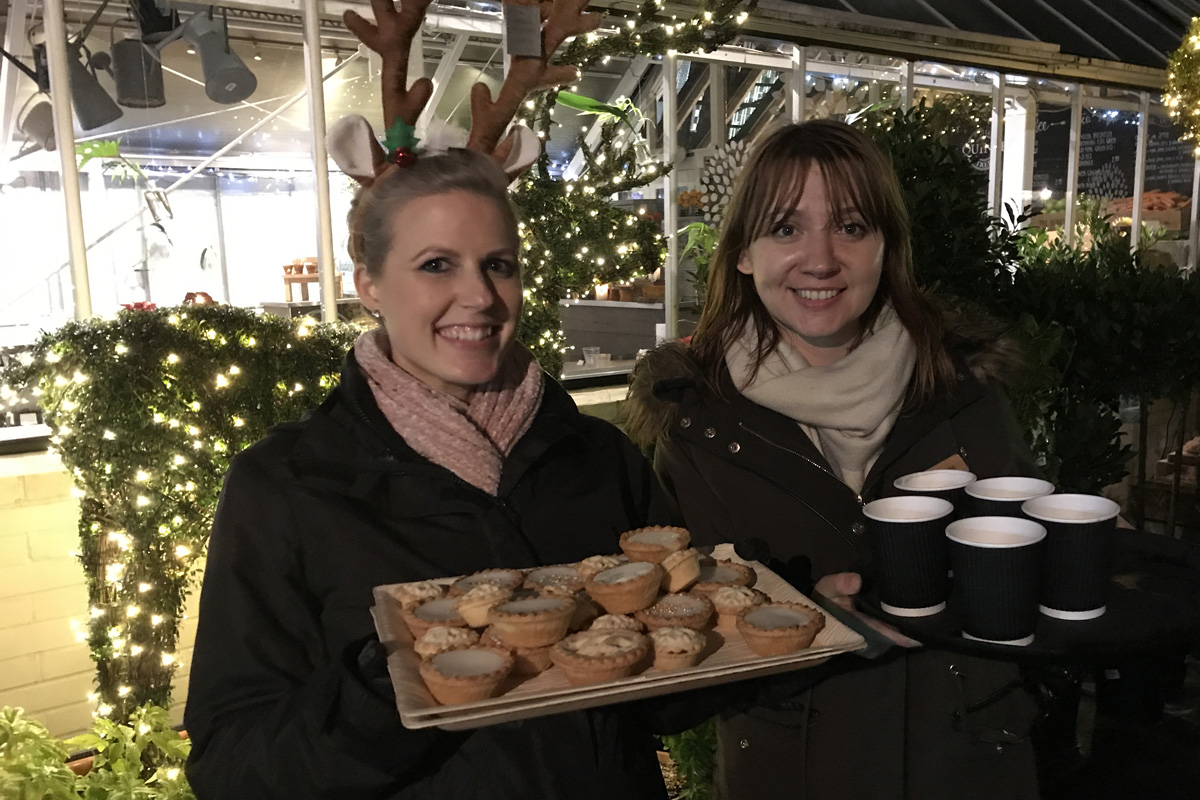 Mulled wine and mince pies anyone?!