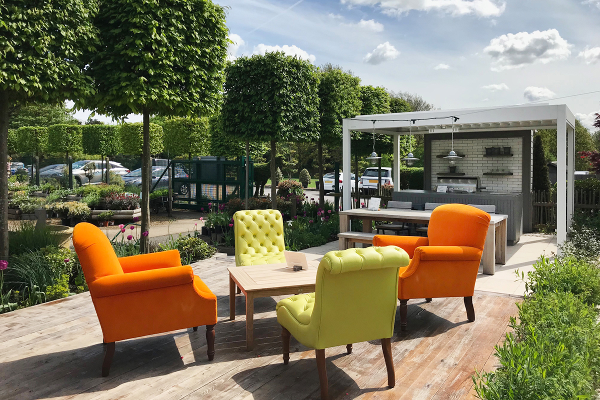 Outdoor Kitchen on Clifton Nurseries Show Garden