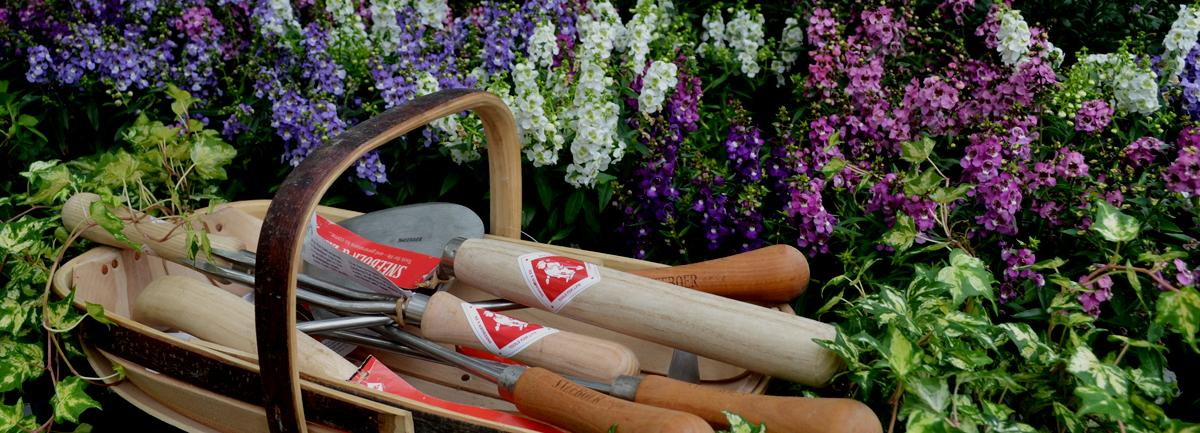Sneeboer Tools from Clifton Nurseries