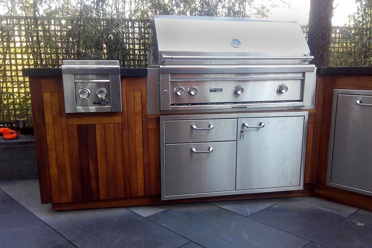 Clifton Nurseries Iroko Panelled Outdoor Kitchen