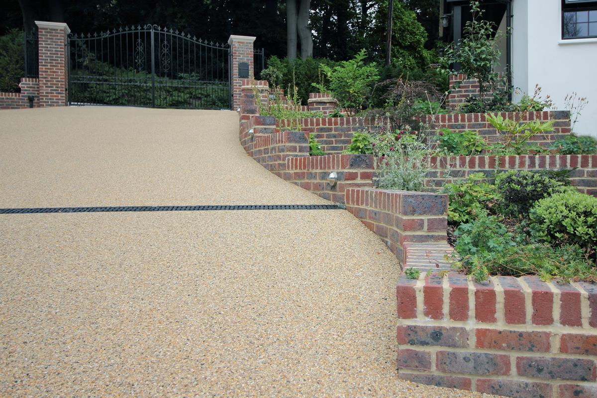 Large Surrey Garden Drive