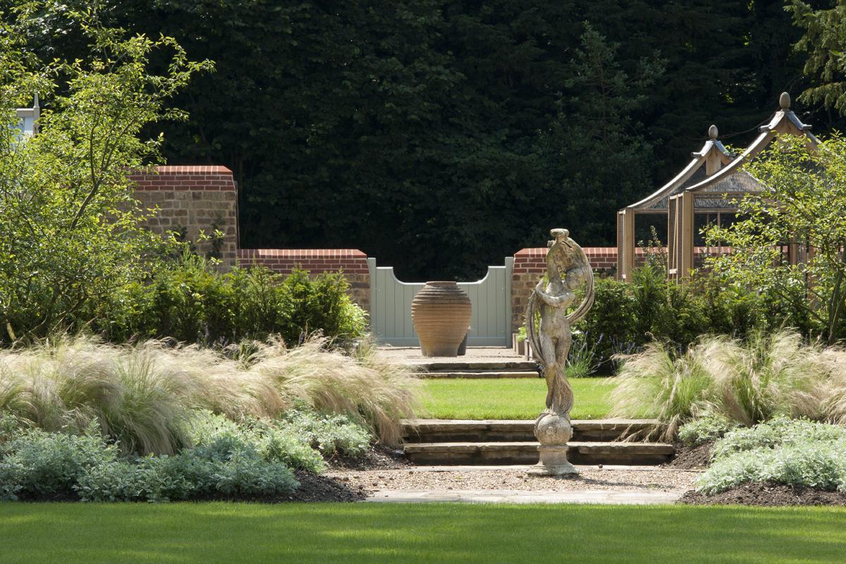 Clifton Nurseries Riverside Garden - Garden Statue