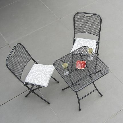 Clifton Nurseries Alexander Rose Portofino Bistro Set