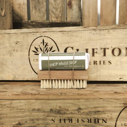 Clifton Nurseries Dirty Hands Soap & Brush
