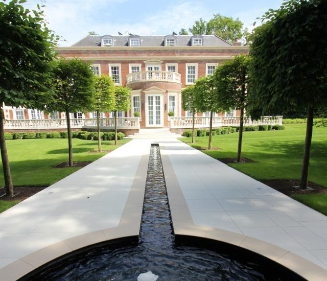 Country Garden - Rill and Bubbling Fountain