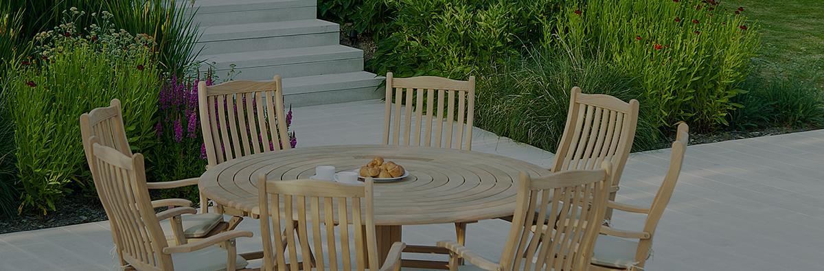 Clifton Nurseries alexander large pedestal outdoor bengal wooden table
