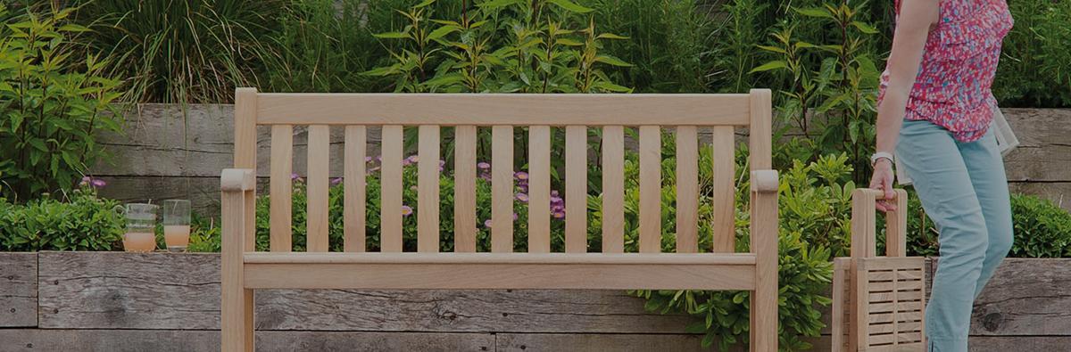 Clifton Nurseries alexander rose broadfield 4ft bench