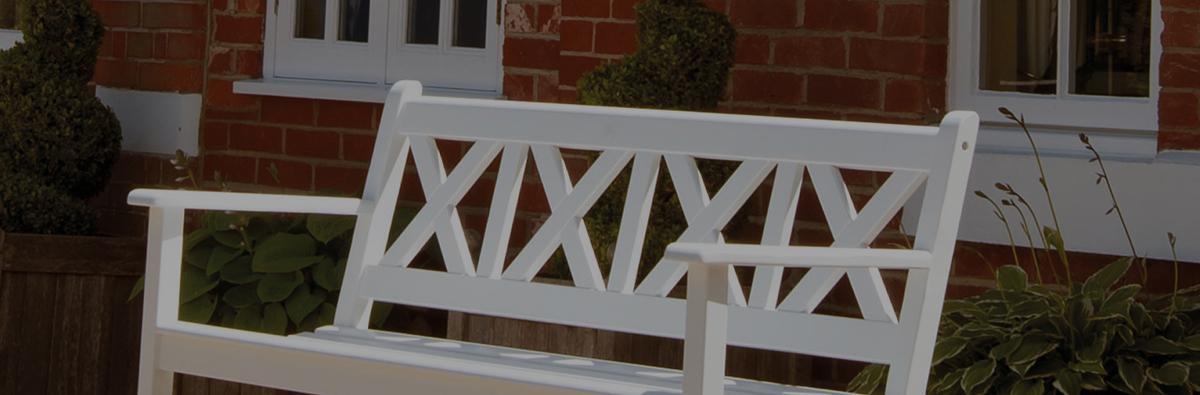Clifton Nurseries alexander rose new england drauchmann 3 seater white lattice bench
