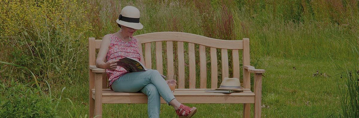 Clifton Nurseries alexander rose turnberry 5ft bench