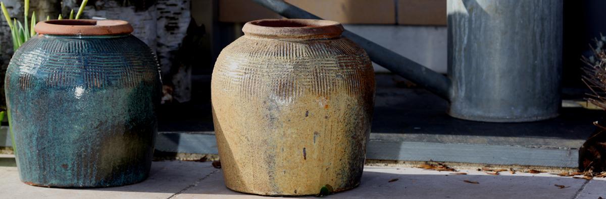 clifton nurseries yakuta water jar jiajing yellow and green 31cm garden planter