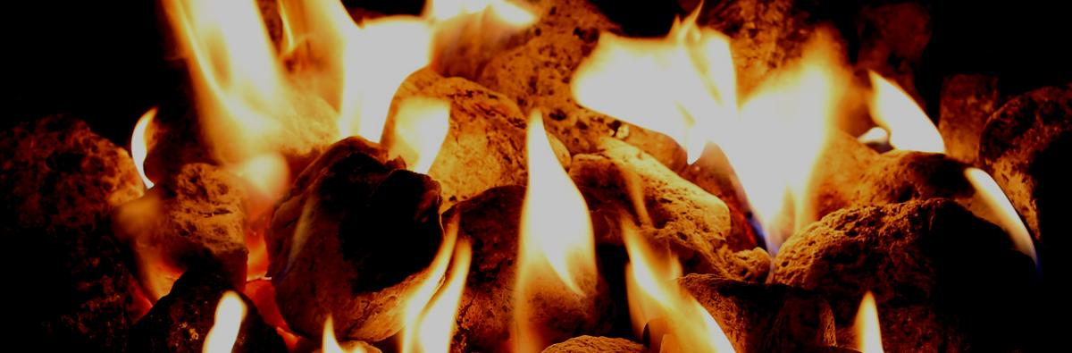 Clifton Nurseries Firepit Ash Rake - Banner