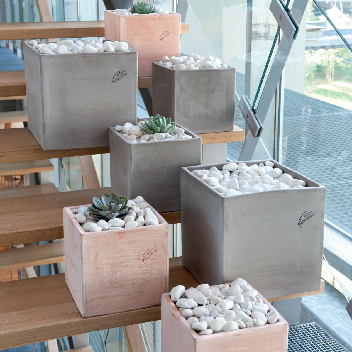 Clifton Nurseries Goicoechea Contemporary Square Pot In Grey And Natural