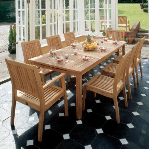 Clifton Nurseries Barlow tyrie Monaco 8 seater rectangular garden dining set