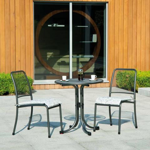Clifton Nurseries alexander rose portofino bistro round set for two