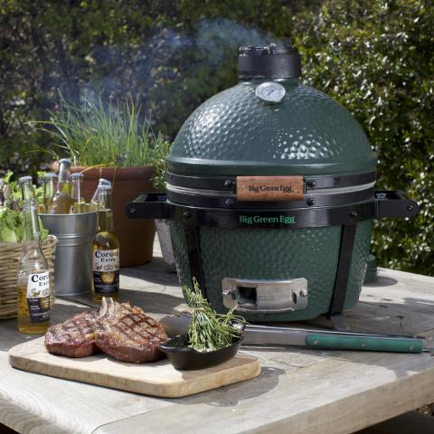 Clifton Nurseries - Big Green Egg Mini Max and Carrier