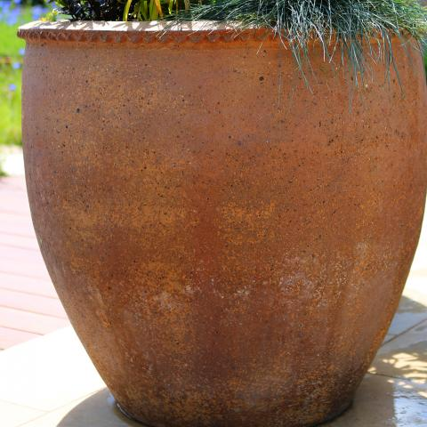 Clifton Nurseries Old Ironstone Giant Planter